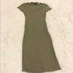 Women's dress with a choker